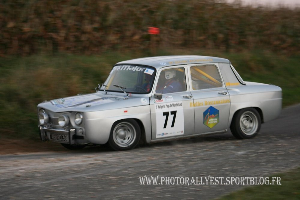 77_-_Renault_R8_Major_-_ROMAND_Daniel_-_ROMAND_Guillaume_(3).JPG